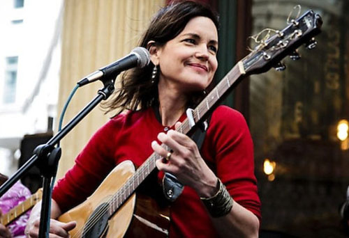 Elizabeth McGovern, Sadie and the Hotheads
