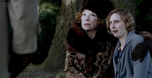 Martha consoles Edith