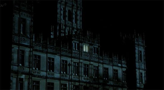 Downton Abbey in darkness
