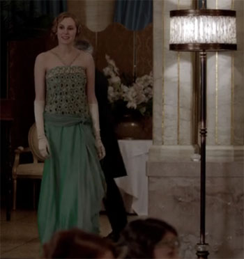 Lady Edith green dress